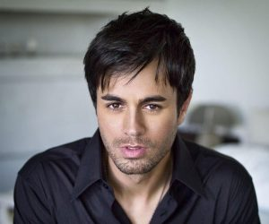 Enrique Iglesias – Mas Es Amar (Sad Eyes)